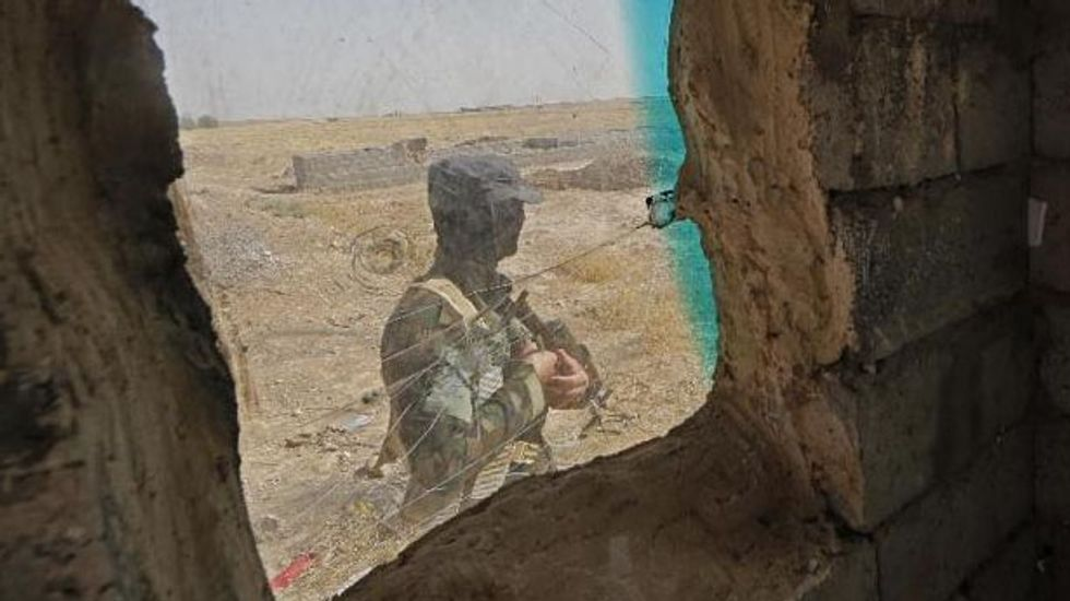 ISIS militants capture strategic north Iraq town of Tal Afar and its airport