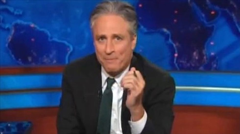 Jon Stewart: The real scandal is feds' 'criminal idiocy' when it comes to handling email