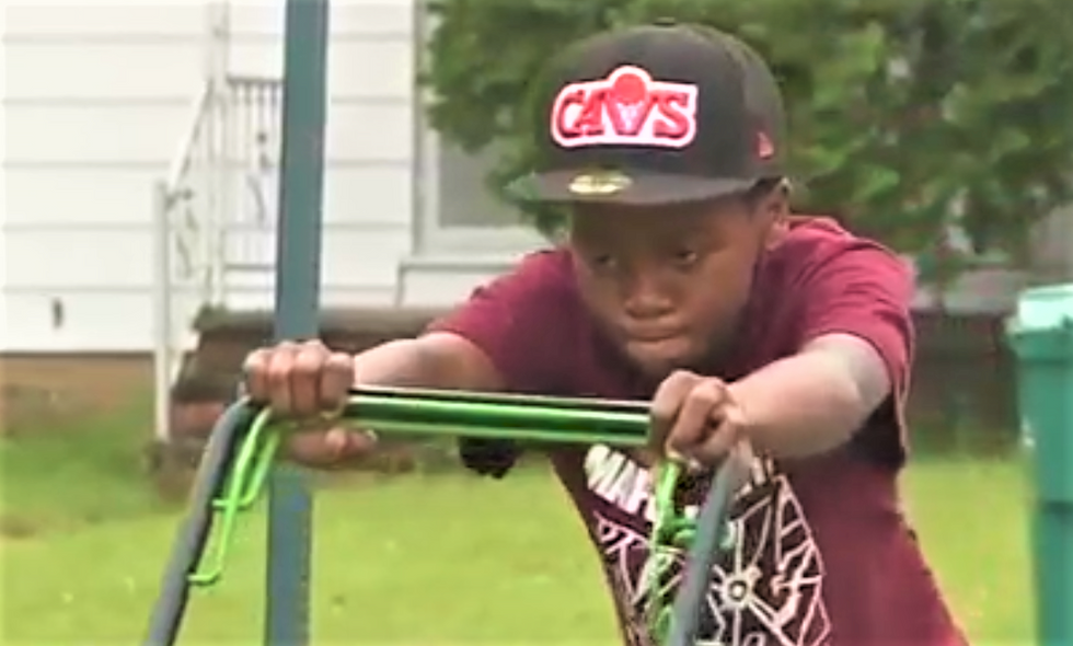 12-year-old black kid gets cops called on him for cutting neighbors' grass
