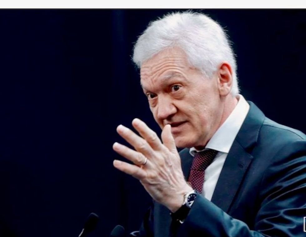 Putin's tycoon friend Gennady Timchenko, under sanctions, sells private jet