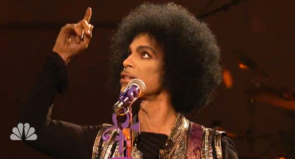 Two of Prince's would-be heirs object to genetic testing