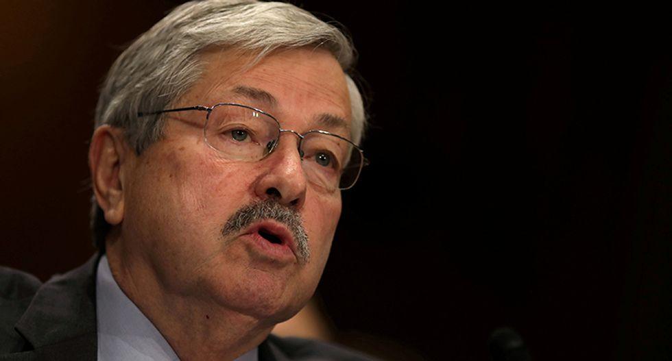 Senate confirms Iowa Governor Branstad as ambassador to China