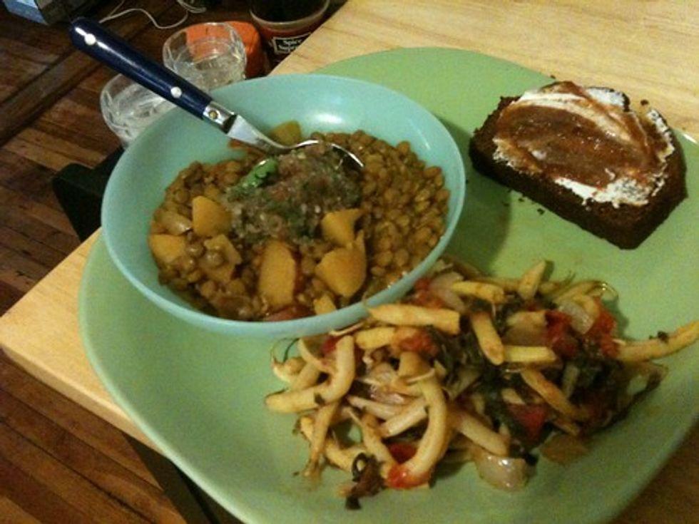 Lentils, wax beans, zucchini bread