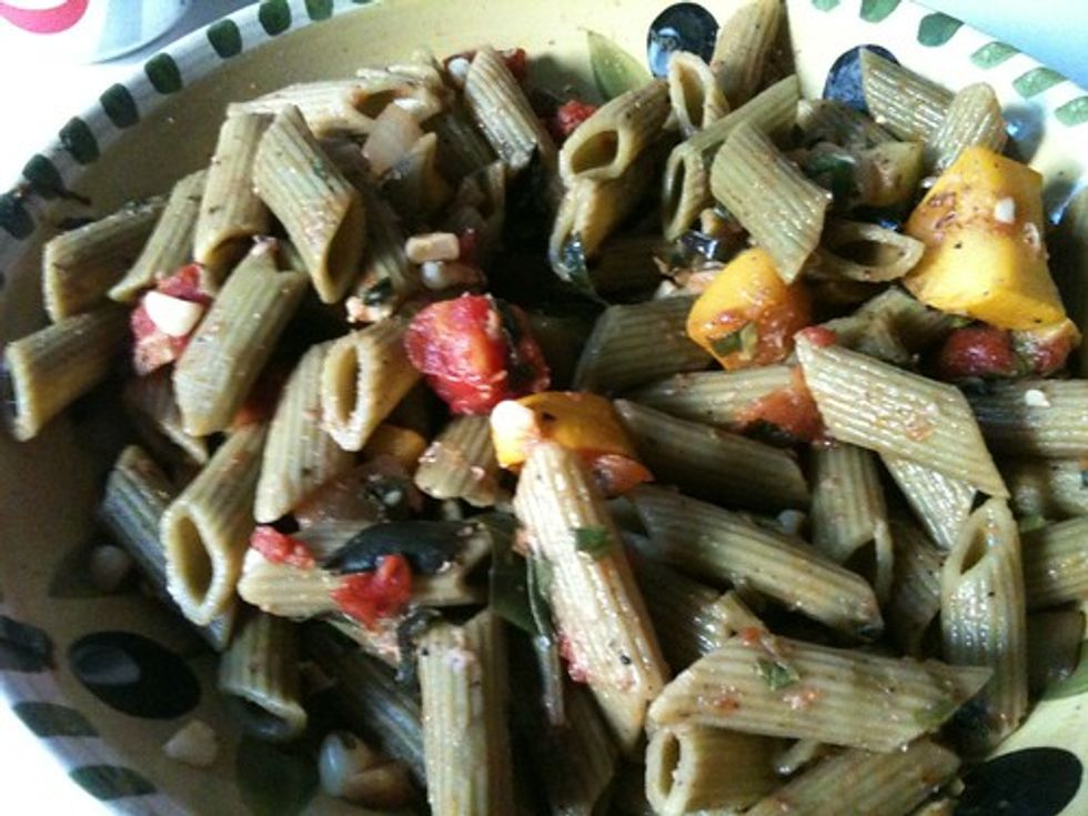 Zucchini and corn pasta