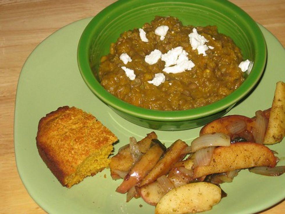 Cornbread, lentils, and apples