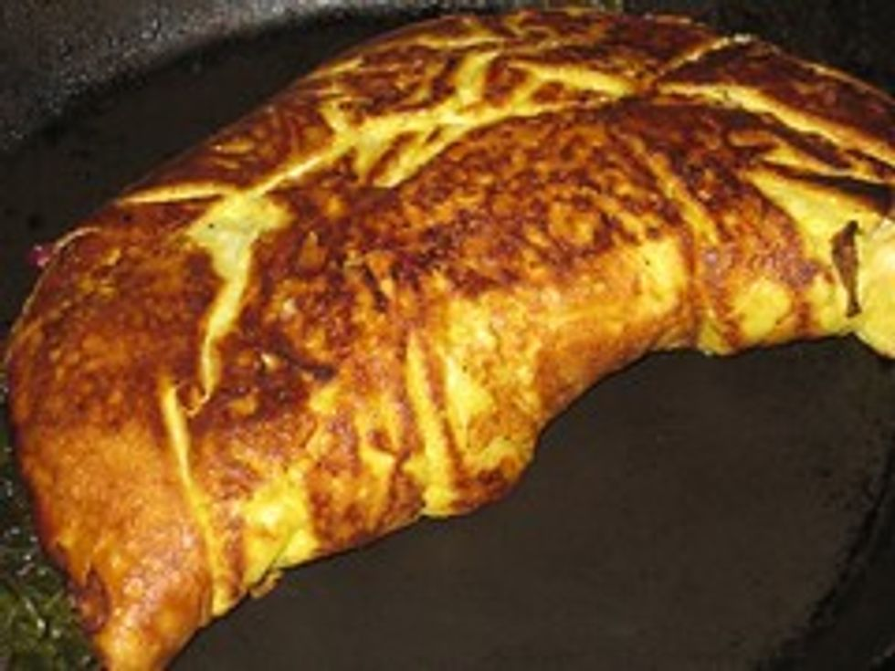 Cranberry & greens omelet