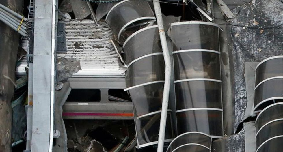 After New Jersey's train crash here are other recent major commuter transit accidents