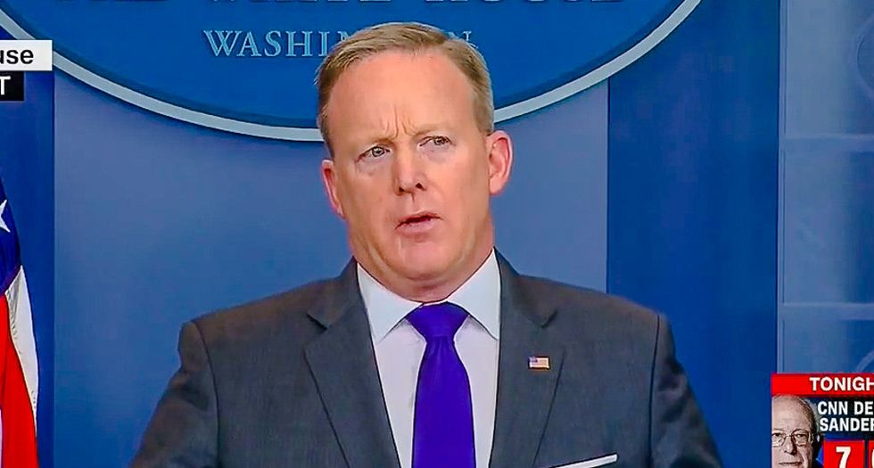 Sean Spicer: Trump knew weeks ago that Flynn had misled Pence about Russia talks
