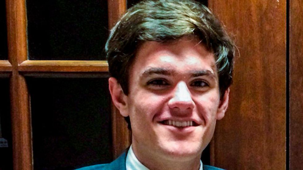 Miss. college GOP chairman switches to Democrat over Tea Party 'extremists'