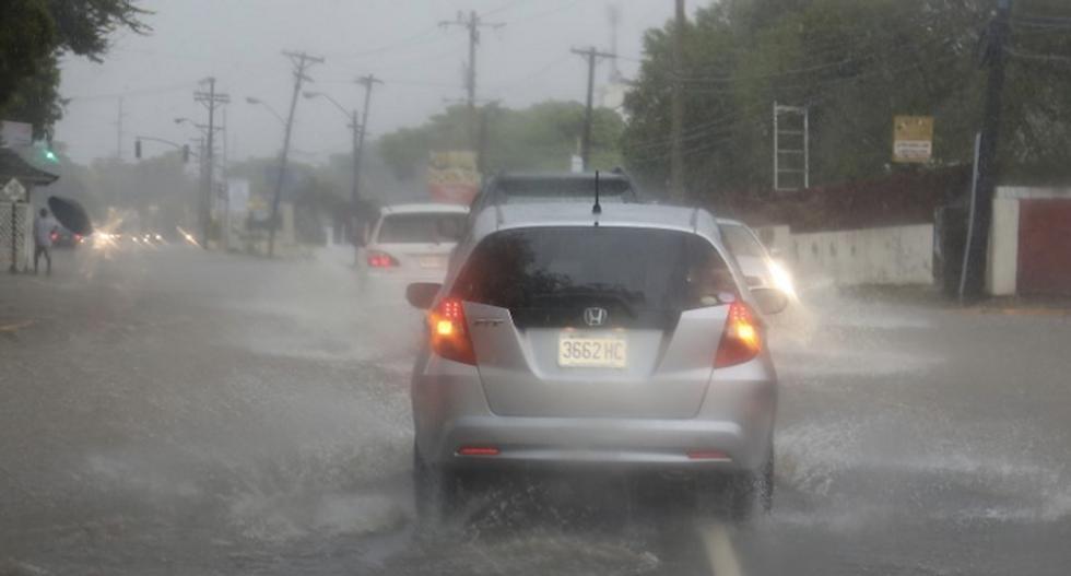 Caribbean fears for coastal families as Hurricane Matthew gets close