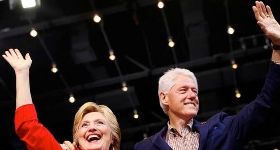 Clinton Foundation warns donors about targeted phishing attempts