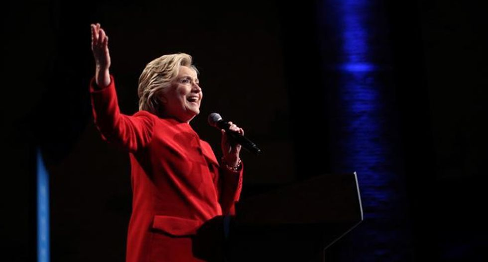 Clinton campaign struggled to balance unions, environmentalists - emails/WikiLeaks