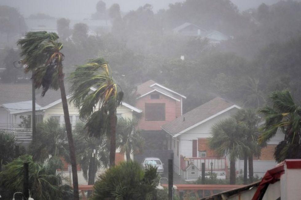 Weakened Hurricane Matthew still packs potent punch as it hits North Carolina and Virginia