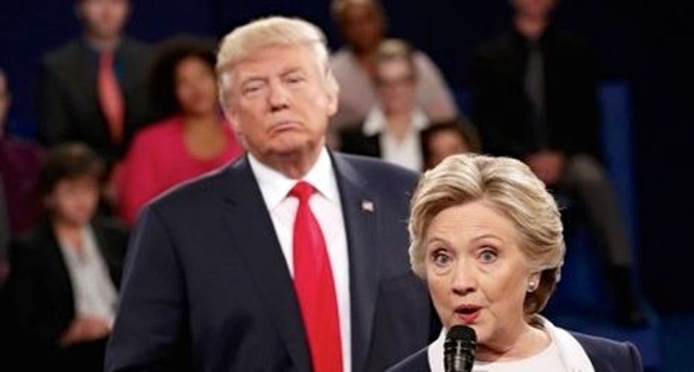 Trump vows to jail Clinton over emails if he wins White House