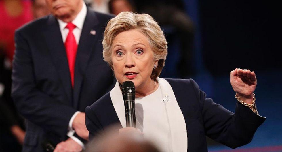Early polls show Hillary Clinton won second debate