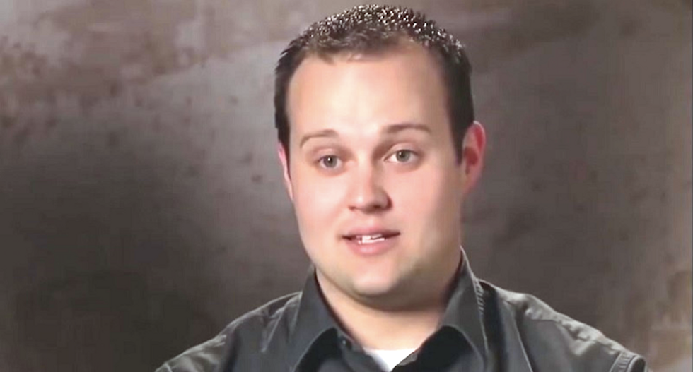 Josh Duggar won't apologize for sex abuse and adultery: 'He believes external forces were to blame'