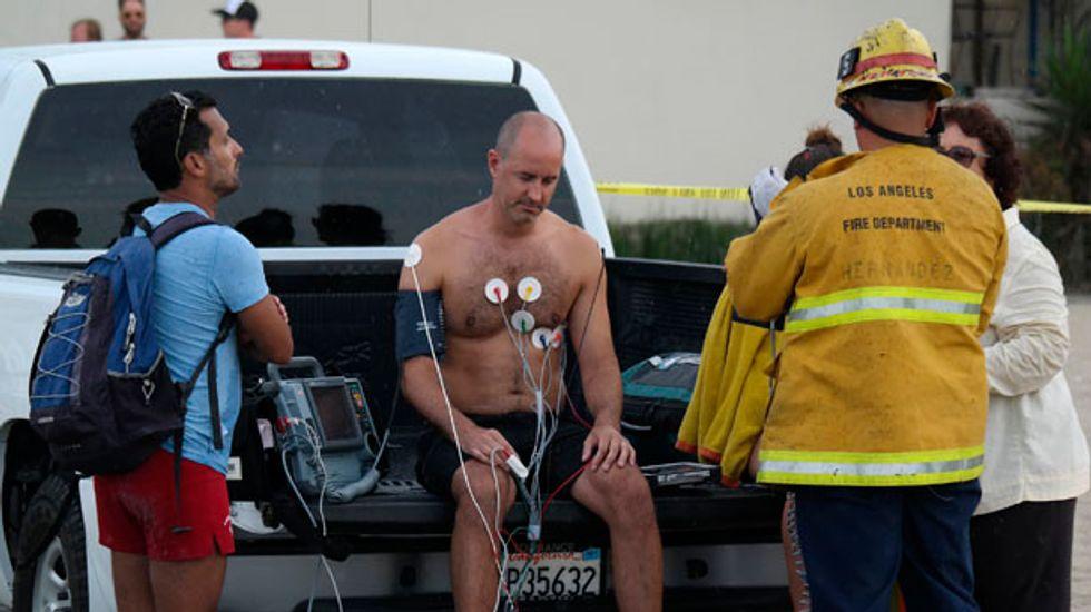 Lightning strike injures nine on Venice Beach