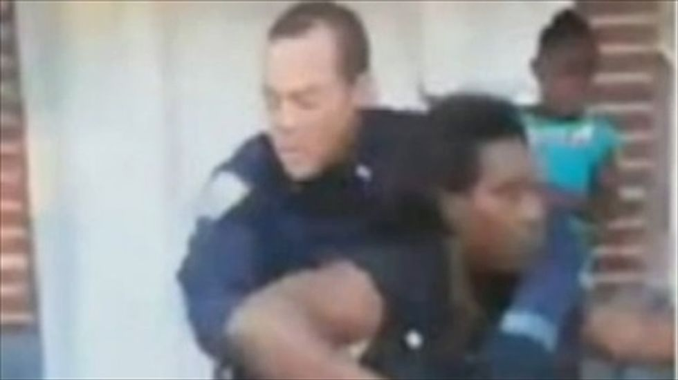 Pregnant woman accuses NYPD officer of choking her over barbeque dispute