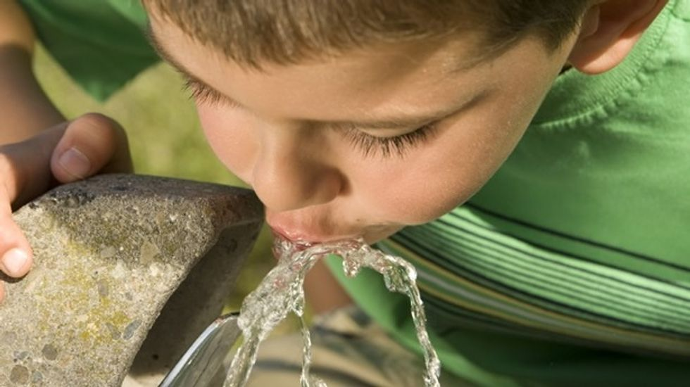 400,000 Ohio residents urged not to drink the water after dangerous toxins found