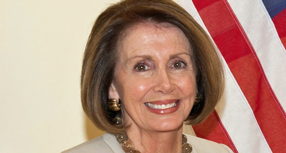 Pelosi shows how to perfectly own a narcissist like Trump: therapist