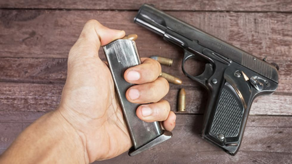 Texas firearms instructor makes 'classic mistake' of shooting himself while teaching kids