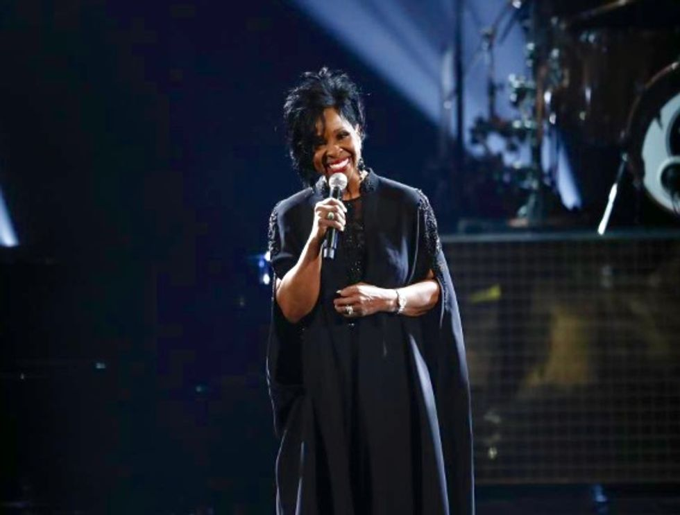 Gladys Knight defends decision to sing US anthem at Super Bowl