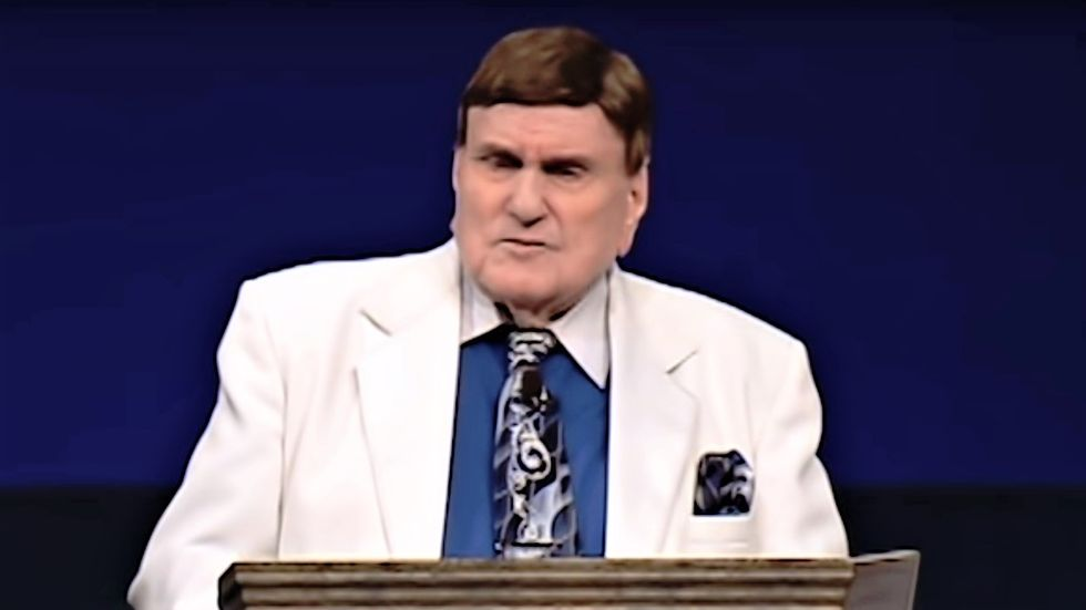 Gay-bashing televangelist caught admitting that he slept with a man in leaked recording