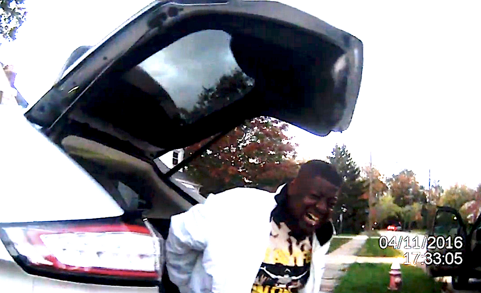 Disturbing video shows Ohio cops brutally arresting unarmed black man as he tries to grab his colostomy bag