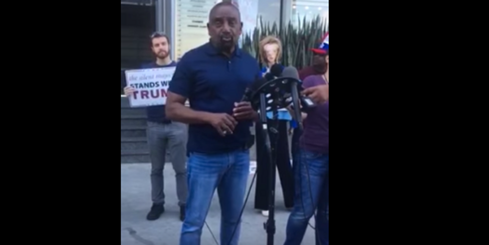 6 men join so-called 'Men's Rights Activist' to protest non-existent 'War on Men' at Allred's office