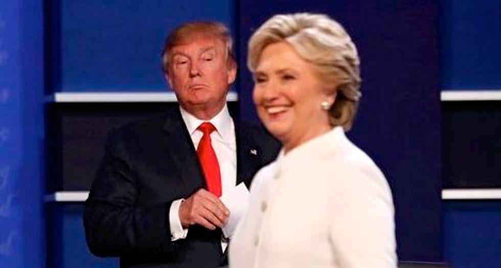 Clinton far ahead in Electoral College race: Reuters/ipsos poll