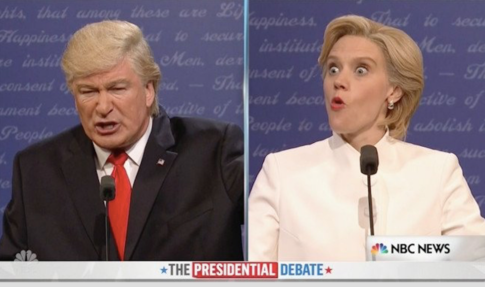 'Settle down, entire planet': Tom Hanks kills it as Chris Wallace in SNL's 3rd Trump/Clinton debate