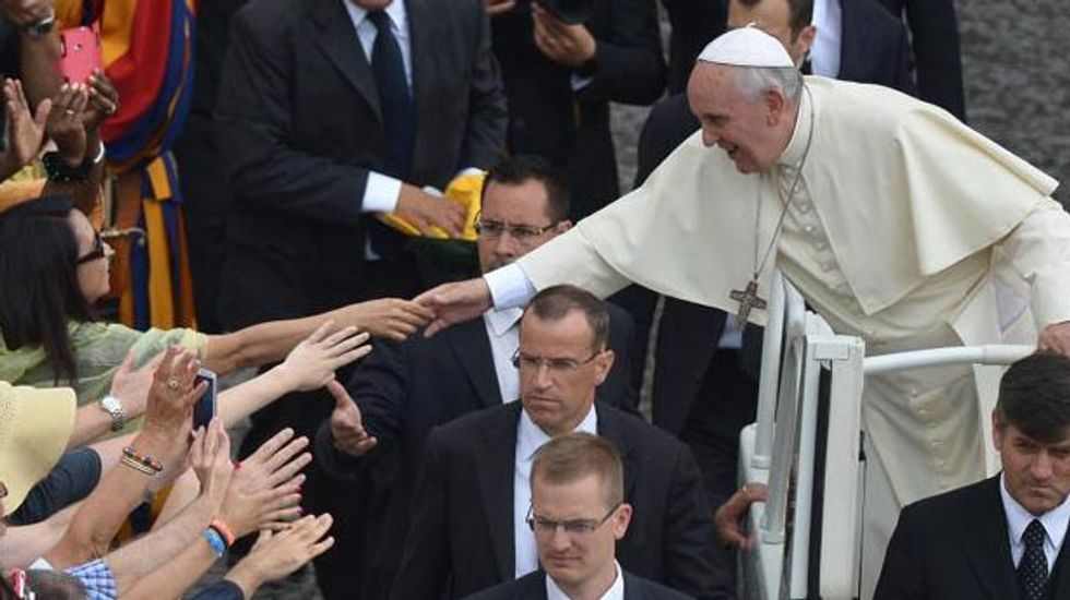 The top Catholic is also the top tweeter: Pope Francis has the most clout on Twitter