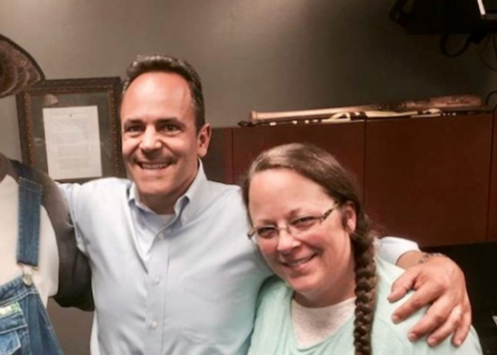 Kim Davis must pay $222,000 in couples' legal fees, says Kentucky governor who sought her support before election