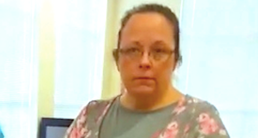 Kentucky clerk seeks Supreme Court help to deny gay marriage licenses