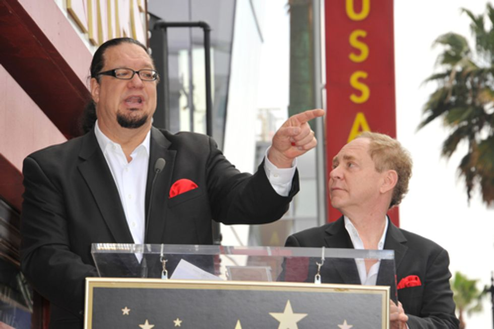 Penn Jillette argues in bad faith to support his own sexism