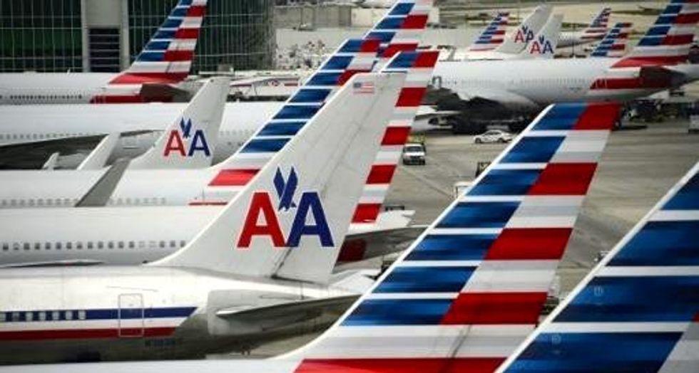 Pilot falls ill on American flight from Phoenix to Boston, dies