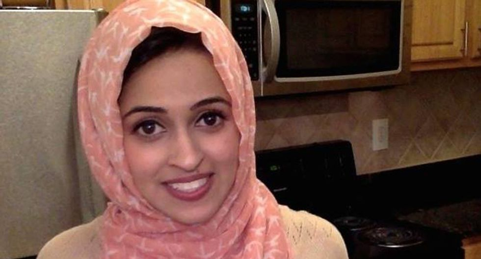 Muslim high school teacher left note by student telling her to hang herself with her 'headscarf'