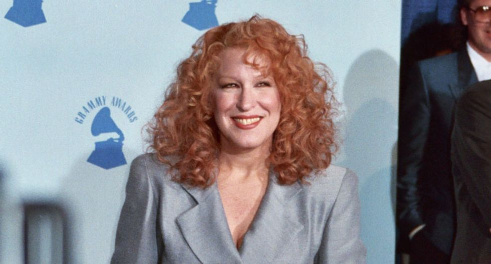 'Bette Midler can drop the mic': Internet blasts Trump for losing a Twitter feud at 1:30 am