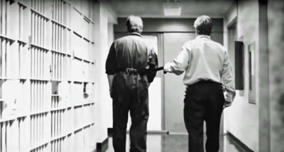 A reporter discovers a man is proven innocent -- but the eyes of the law still say he's guilty