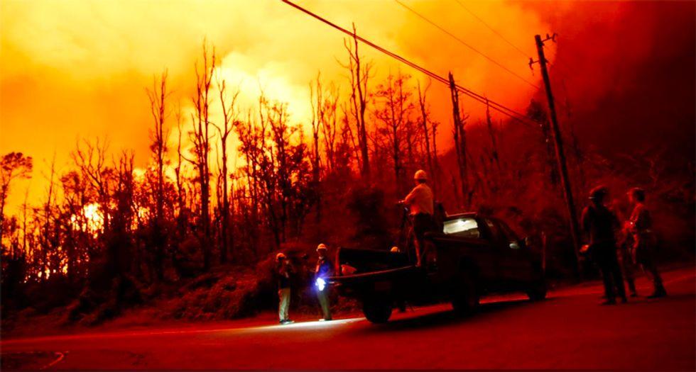 Minor explosion at Hawaii volcano spews more ash into the air