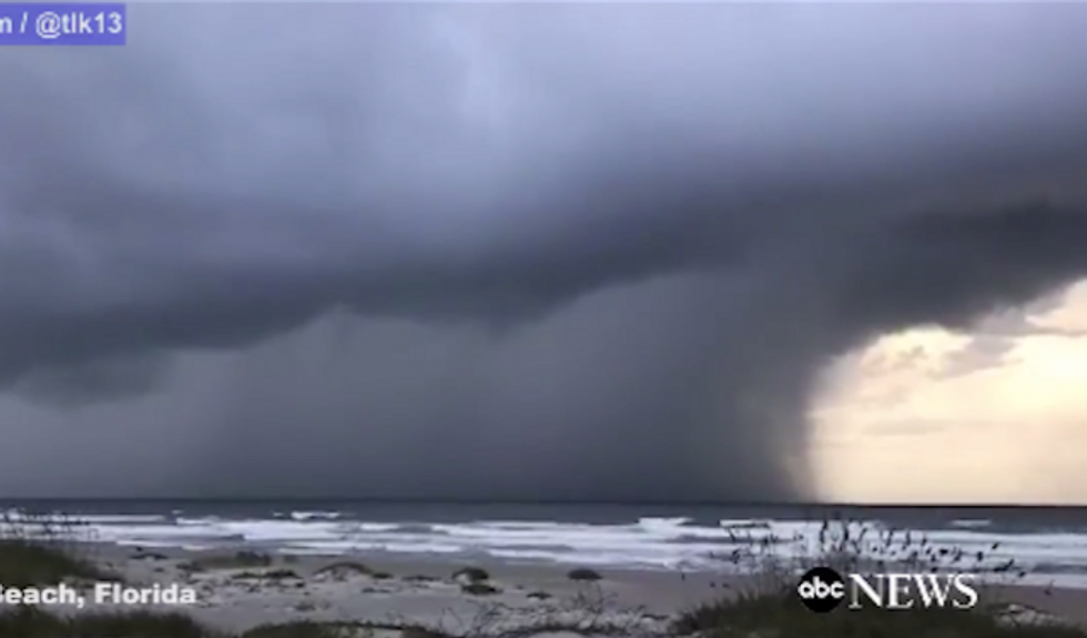 WATCH: Dramatic hurricane videos from Florida capture the arrival of Matthew's wrath