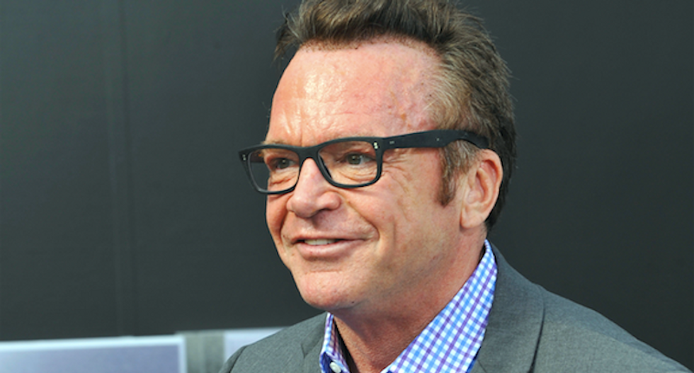 Ex-'Apprentice' staffers say Trump never used racial slurs -- but Tom Arnold insists video exists