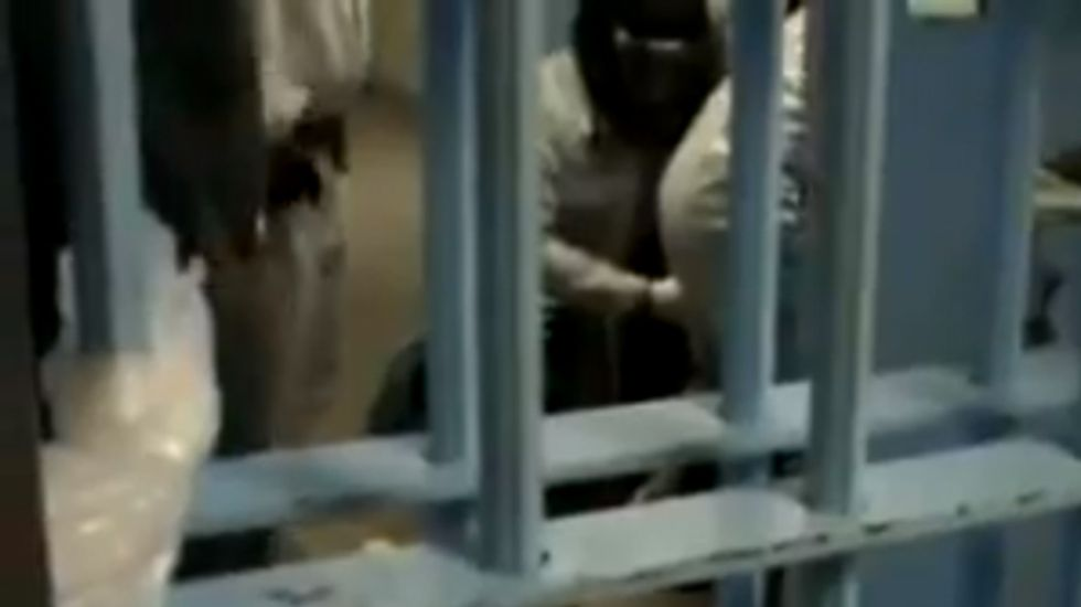 Video of CA guards dousing mentally ill inmates with pepper spray prompts rule change