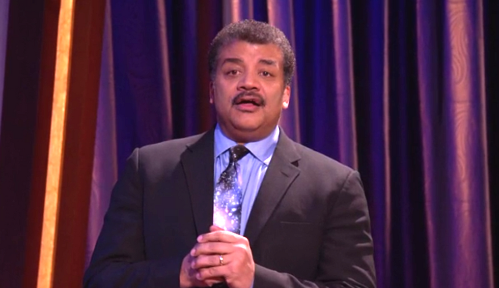 Neil deGrasse Tyson shows up to correct Conan O'Brien's moon facts and steal staff for his show