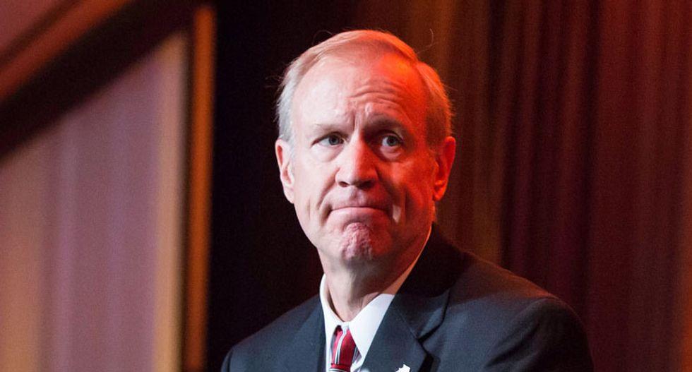Judge overturns Illinois governor's anti-union order