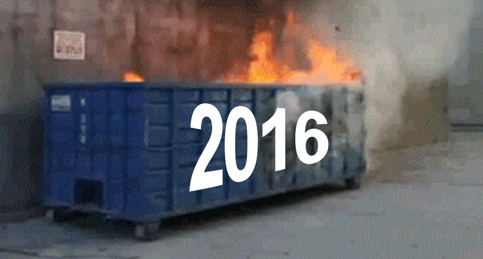 'We done f*cked up': Internet obliterates 'sh*t show' of  a year with #2016in4words