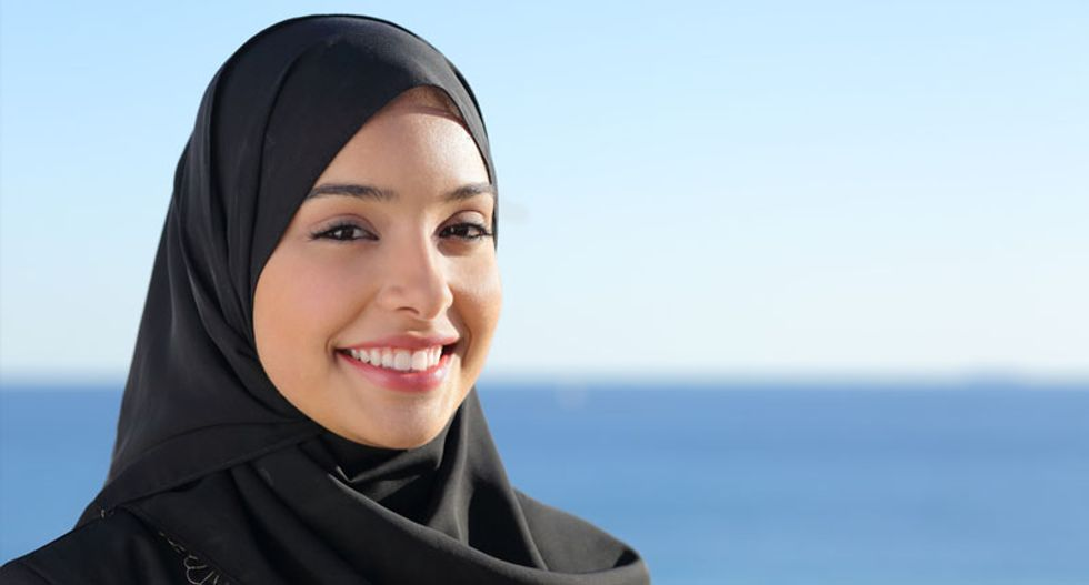 Religious groups tell Supreme Court to side with Muslim woman denied job at Abercrombie & Fitch