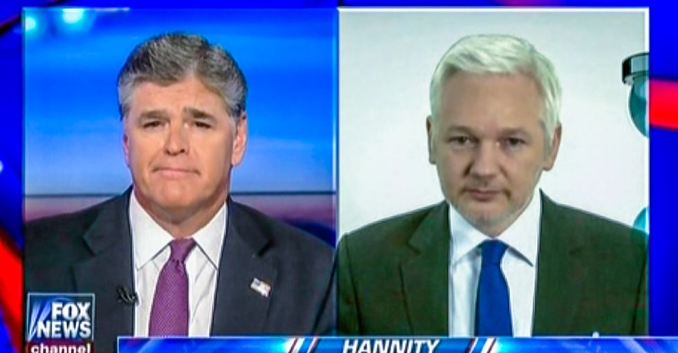 Sean Hannity set to interview Julian Assange at Ecuadorian embassy for Fox News special