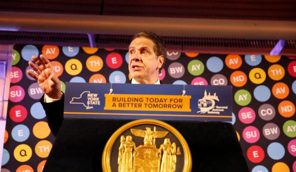 New York governor proposes free tuition plan at state colleges