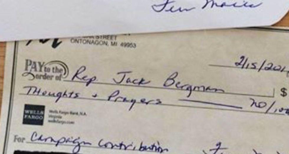 'Thoughts and prayers' check raises eyebrows on social media after the Florida shooting